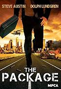 Kuriér pracujúci pre miestneho mafiánskeho bossa musí doručiť tajomný balíček, no v pätách má skupinu neobvyklých gangstrov, ktorí sa mu to snažia prekaziť
