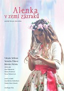 Poetické vyprávění malé dívky, která jako Alenka v říši divů putuje krajinou svého dětství jako kouzelným labyrintem a pozoruje a zaznamenává svět. Sny a realita se jí prolínají a vykreslují […]