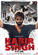 Komerčně nejúspěšnější bollywoodský film roku je hindsky mluveným remakem telugského romantického dramatu Arjun Reddy (2017) od stejného režiséra. Jeho titulním hrdinou v podání Shahida Kapoora je mladý lékař, jehož chorobná […]
