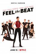 Sebestředná tanečnice, která v konkurzu na Broadway pokazila, co se dalo, se neochotně vrací domů a souhlasí, že připraví skupinku mladých outsiderek na velkou soutěž.