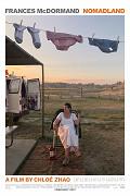 Neokázalé drama je citlivě vystavěno kolem postavy ovdovělé šedesátnice Fern (opět úchvatná Frances McDormand), nalézající životní sílu v cestování napříč Amerikou ve svém příbytku, bílé dodávce, a kolem četných setkání […]